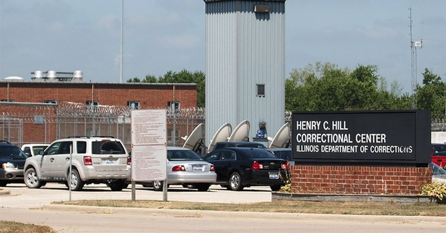 Expert panel criticizes medical care at Illinois prisons